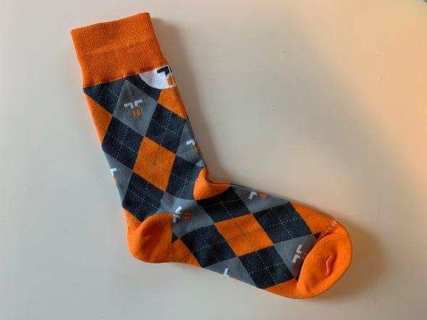 socks-sneak